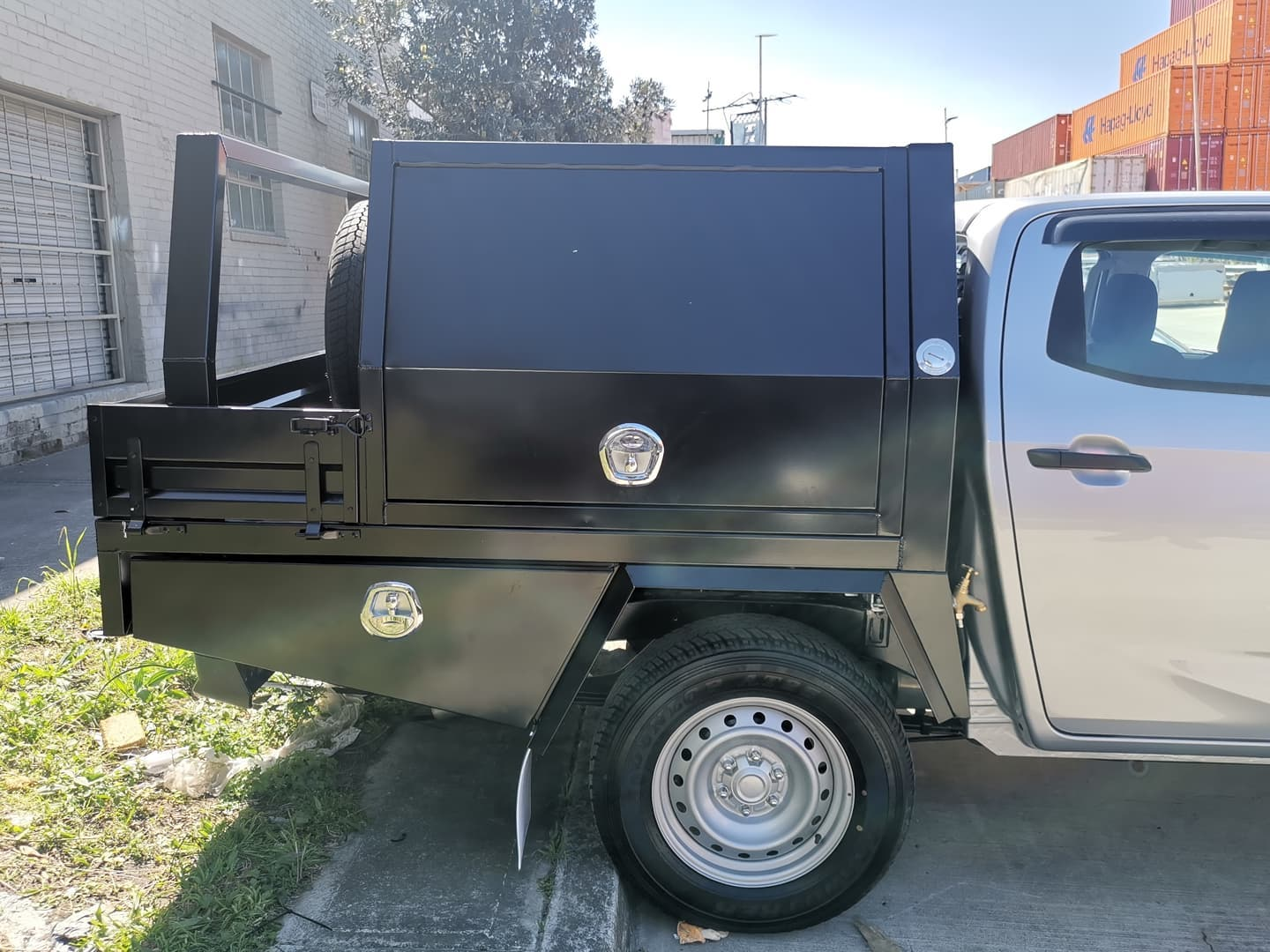 FULLY CUSTOM BUILT TRAY AND Partial CANOPY - 1 (2)