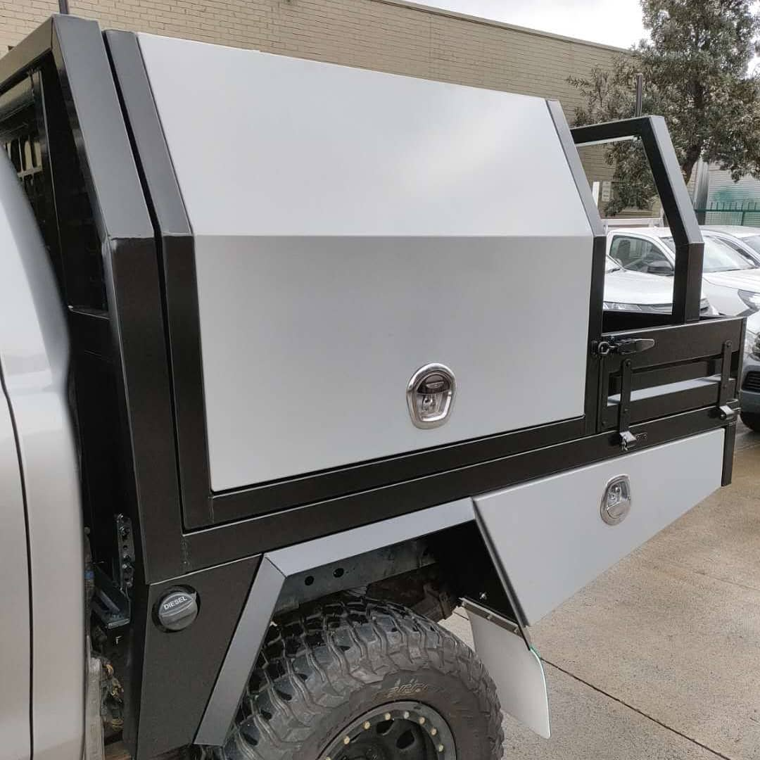 FULLY CUSTOM BUILT TRAY AND Partial CANOPY - 2 (8)