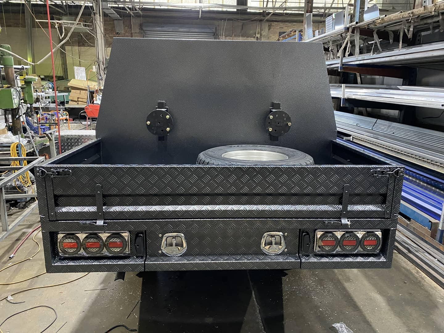 FULLY CUSTOM BUILT TRAY AND Partial CANOPY - 3 (4)