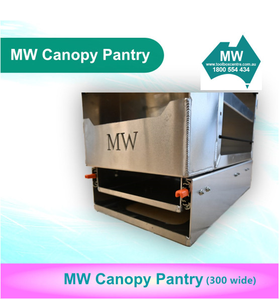 Pantry 300 wide (5)