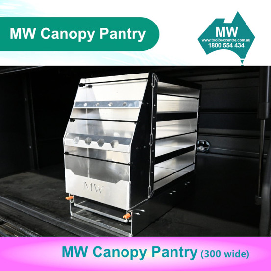 Pantry 300 wide (9)